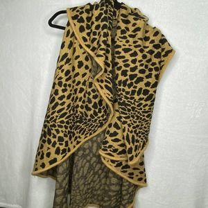 Do Everything in Love Leopard Wrap Vest Scarf